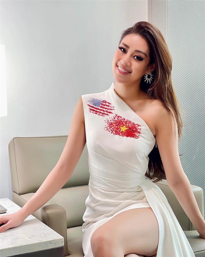 Khánh Vân gặp đối thủ Miss Universe đầu tiên, màn đọ sắc rơi vào bế tắc-4