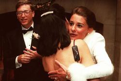3 thập kỷ bên nhau của vợ chồng Bill Gates: 'Chủ tịch' và 'nhân viên' chia tay trong tiếc nuối