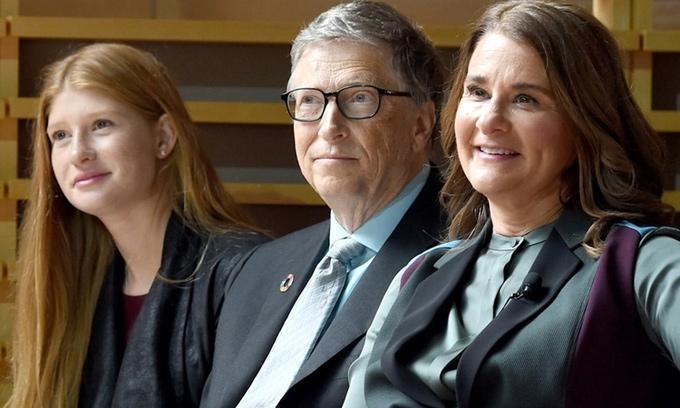 Con gái tỷ phú Bill Gates lên tiếng về cuộc hôn nhân tan vỡ của bố mẹ-1