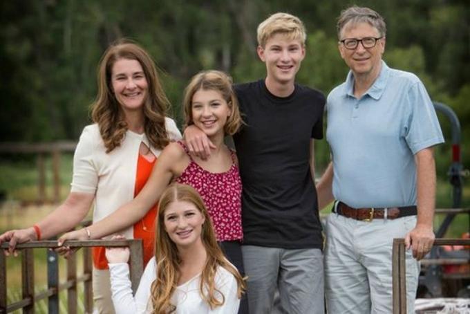 Chân dung người vợ kín tiếng của tỷ phú Bill Gates-1
