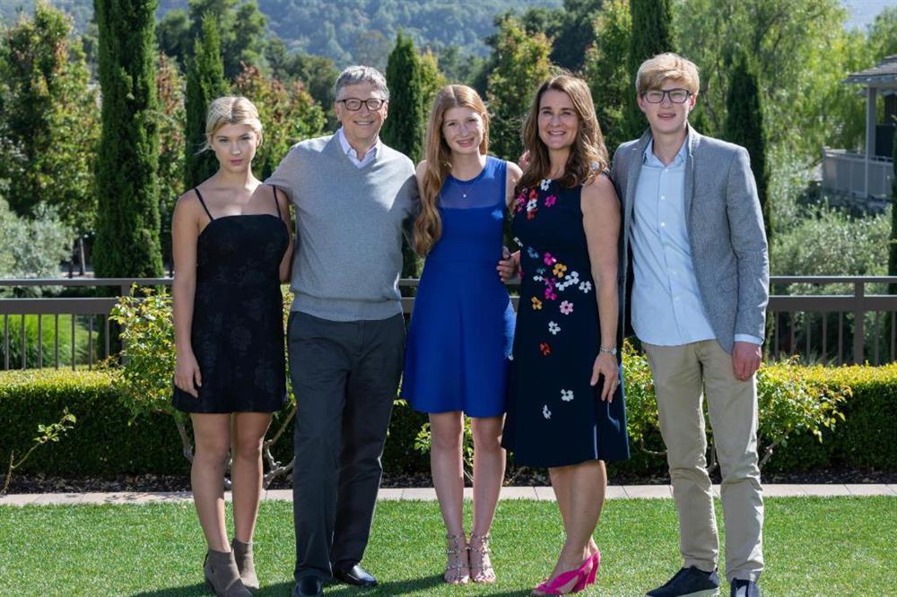 Chân dung người vợ kín tiếng của tỷ phú Bill Gates-3