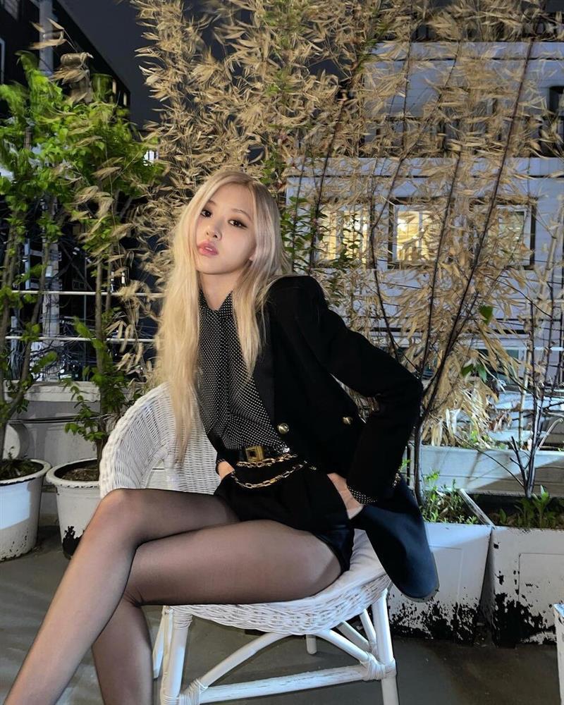 YG thu bộn bạc tỷ chỉ nhờ mini album của bông hồng nước Úc-2