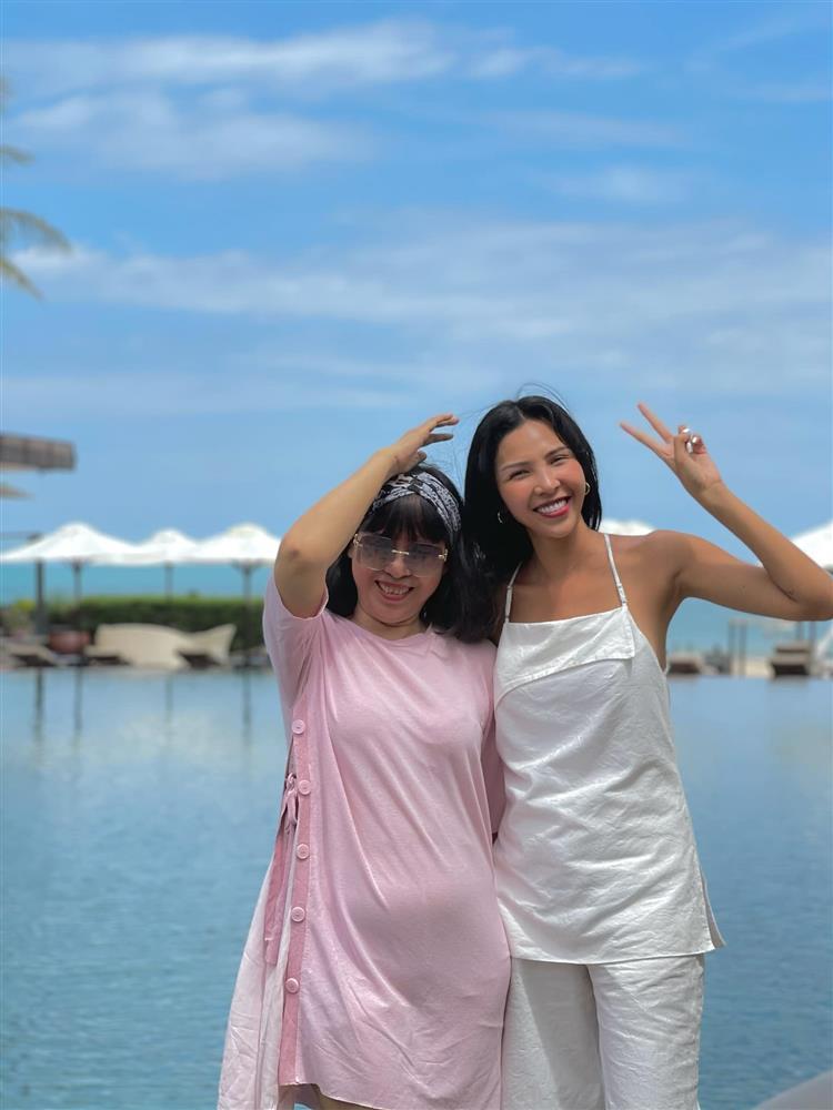 Kỳ Duyên mừng sinh nhật mẹ Minh Triệu, ai nấy để ý cách xưng hô-2