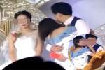 Clip: Đi đám cưới, nhóm bạn trẻ ôm nhau nằm lăn giữa bãi sình lầy-2