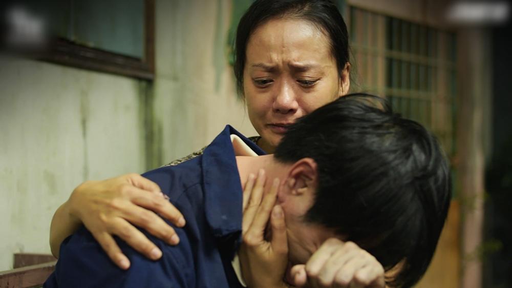 Cây Táo Nở Hoa tập 14: Thái Hòa òa khóc, thoát cơn chơi vơi nhờ... vợ-4