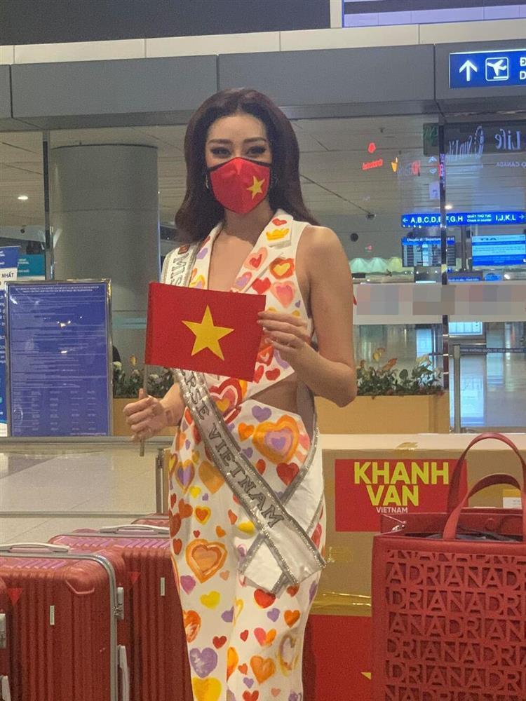 Khánh Vân khiến fan xót xa khi stylist tiết lộ bị giảm cân do hành trình sang Mỹ vất vả-9