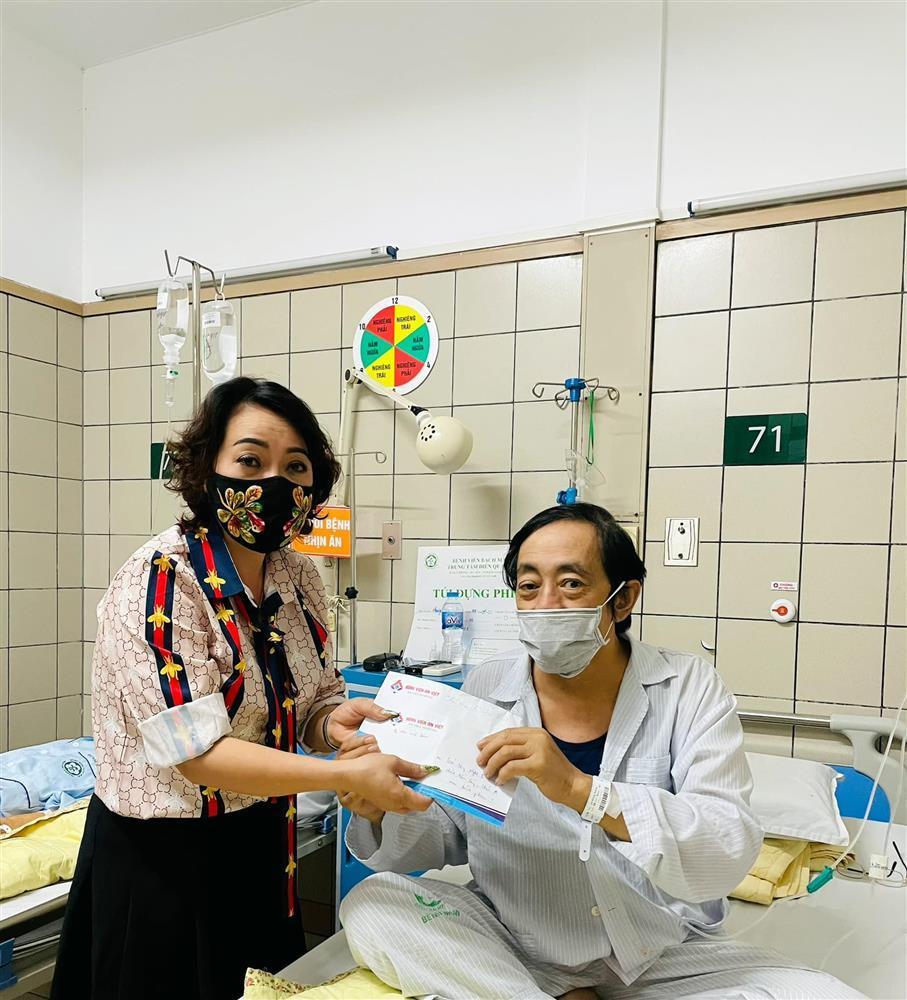 Nghệ sĩ Giang Còi thổ tả ra máu, sức khỏe nguy kịch-2