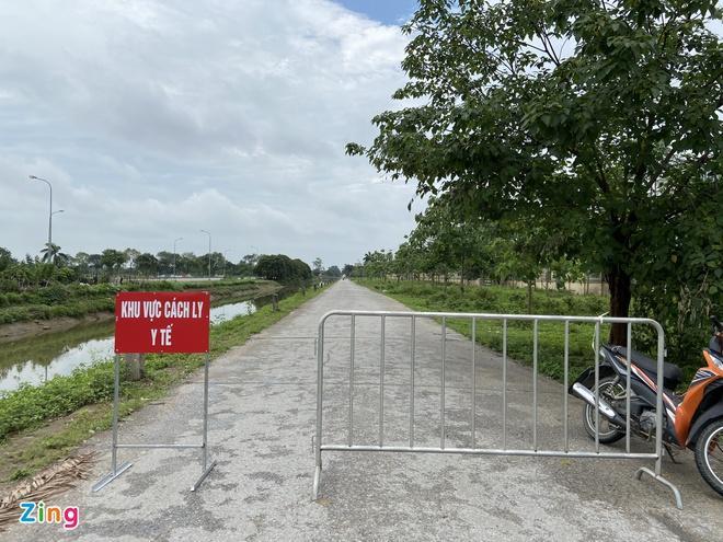 Phong tỏa Bệnh viện Bệnh nhiệt đới Trung ương-2