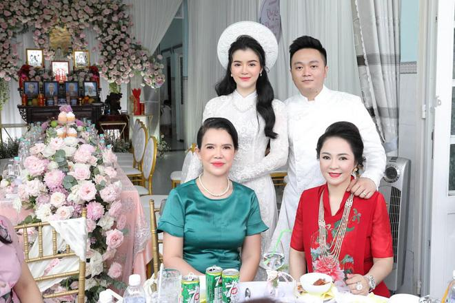 Ông Dũng Lò Vôi tổ chức lễ đính hôn cho con trai riêng bà Phương Hằng-2