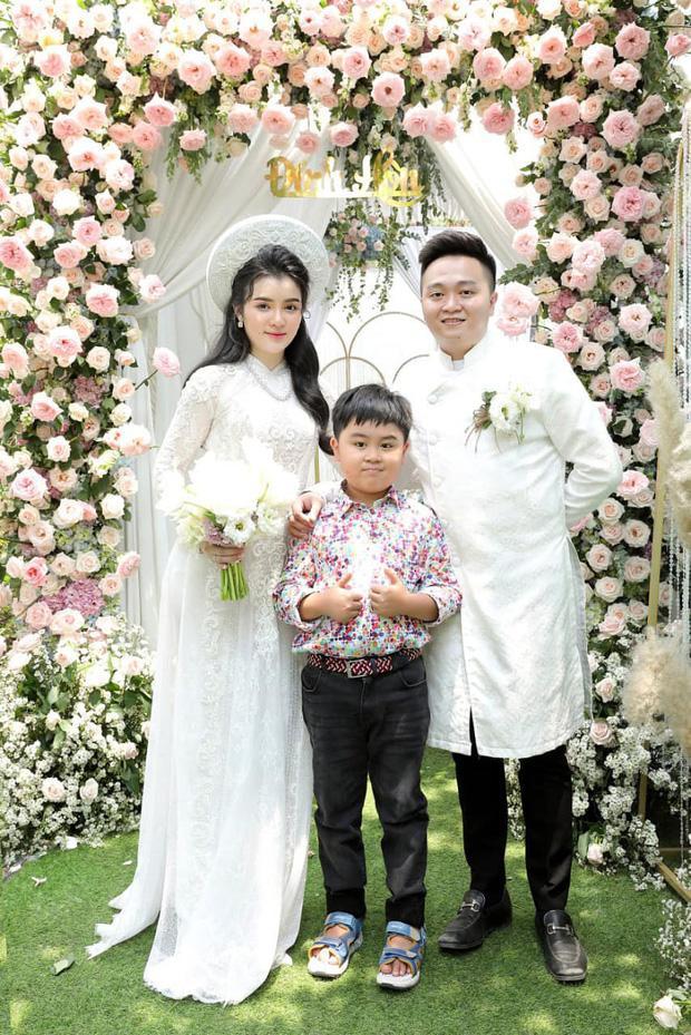 Ông Dũng Lò Vôi tổ chức lễ đính hôn cho con trai riêng bà Phương Hằng-6