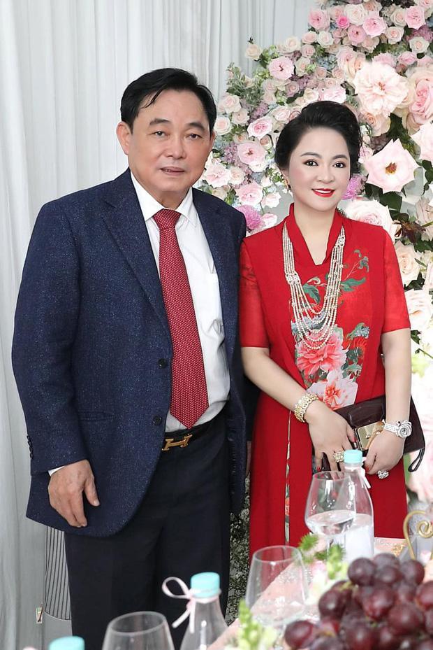 Ông Dũng Lò Vôi tổ chức lễ đính hôn cho con trai riêng bà Phương Hằng-1