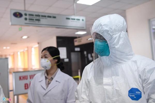 Chùm ca bệnh ở BV Bệnh Nhiệt đới Trung ương liên quan 8 tỉnh, thành-1