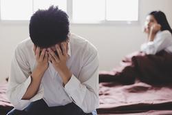 Thói quen lạ của vợ khi ân ái khiến tôi chạnh lòng, xót xa