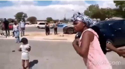 Đám cưới đang diễn ra thì 1 phụ nữ xuất hiện hét to làm quan khách sững sờ-1
