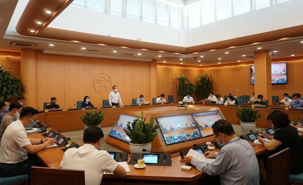 Hà Nội: Hơn 2.600 người liên quan đến BV Bệnh Nhiệt đới Trung ương-1