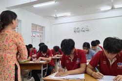 Học sinh TP.HCM tạm ngưng đến trường từ 10/5