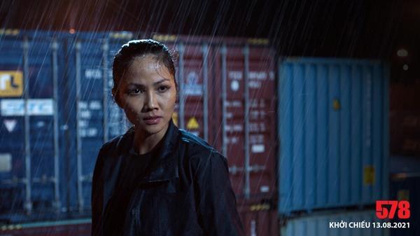 Diễn viên Việt đóng cảnh mạo hiểm, tơi tả bầm dập vẫn không cần thế vai-9