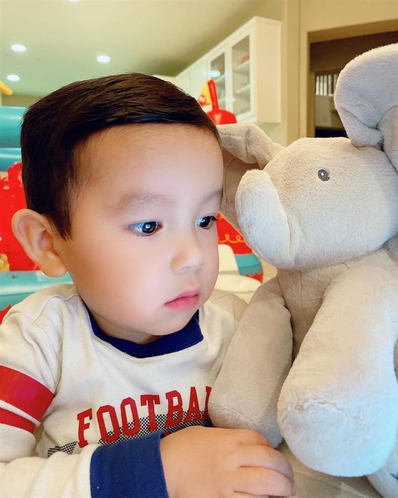 Ảnh hiếm con trai Phạm Hương lúc mới sinh-4