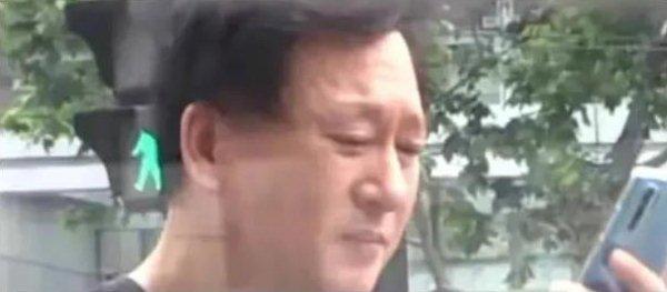 Rộ tin cha mẹ Trịnh Sảng ly hôn sau scandal ầm ĩ của con gái-4