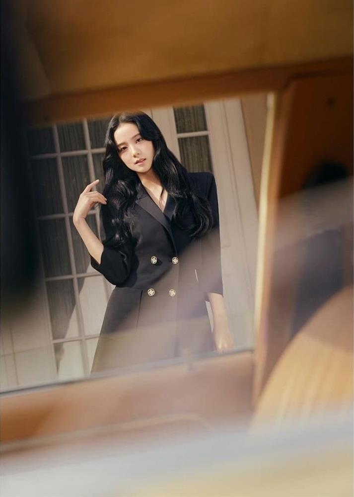 Jisoo tung visual đỉnh của chóp trong bộ ảnh mới-2