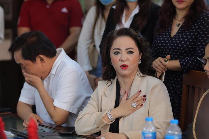 Võ Hoàng Yên trả lại 17 tỷ đồng cho vợ chồng ông Dũng Lò Vôi-5