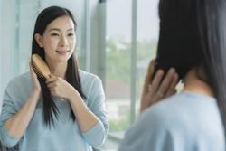 5 giải pháp hữu hiệu cho tóc bết dầu