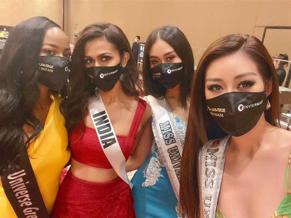Khánh Vân lấy điểm 10 tinh tế khi nhập cuộc Miss Universe 2020-7