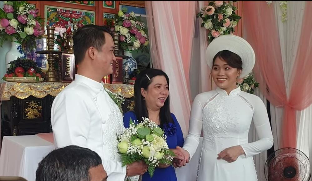 Thánh sún Thách Thức Danh Hài lấy chồng, ngoại hình khác lạ sau 2 năm-5