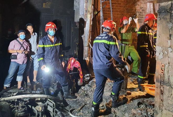 Xác định danh tính cô giáo trong vụ cháy nhà 8 người chết-1
