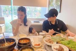 Cảnh ăn uống đối nghịch của gia đình Đông Nhi