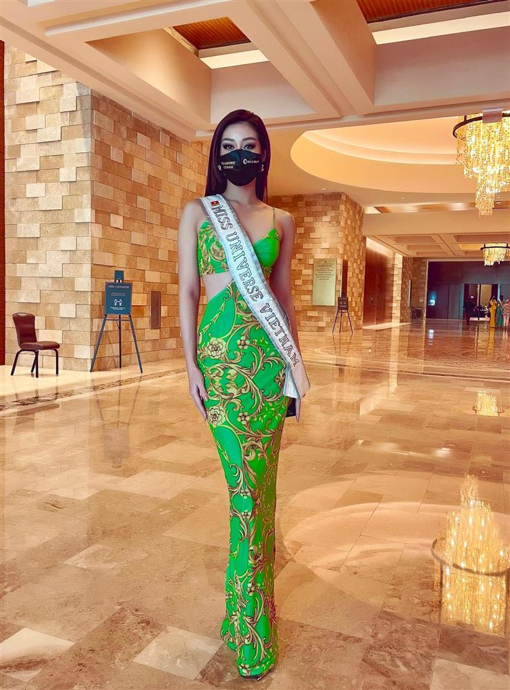 Đối thủ mạnh bậc nhất Miss Universe 2020 trầm trồ vì Khánh Vân-4
