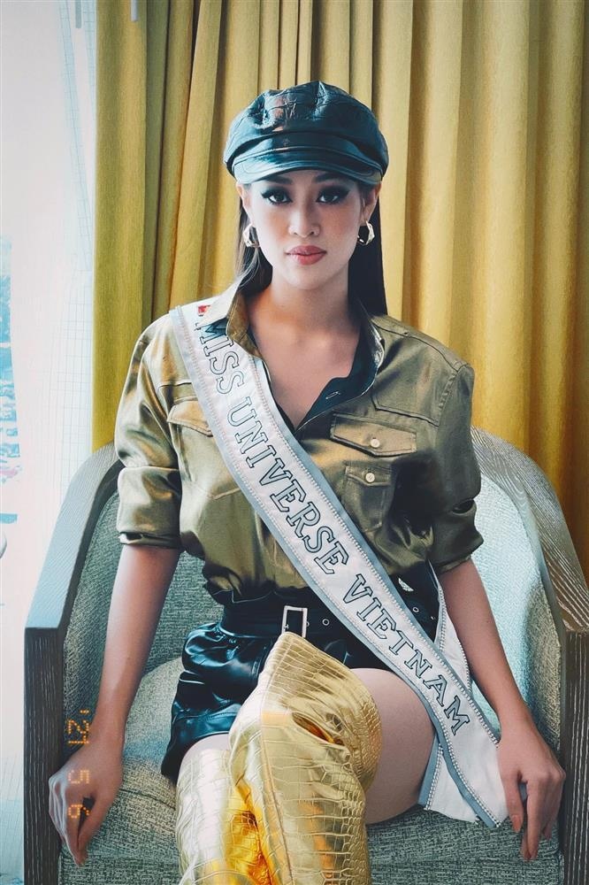 Đối thủ mạnh bậc nhất Miss Universe 2020 trầm trồ vì Khánh Vân-1