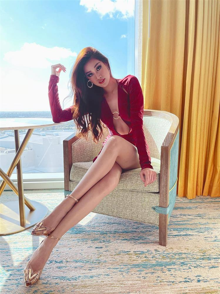 Đối thủ mạnh bậc nhất Miss Universe 2020 trầm trồ vì Khánh Vân-10
