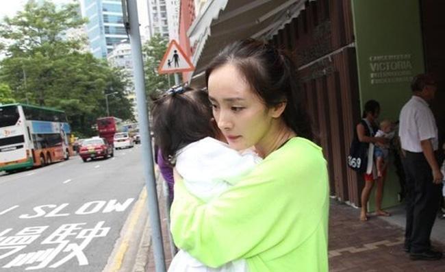 Dương Mịch hoàn toàn đánh mất con gái ruột chỉ vì điều này?-5