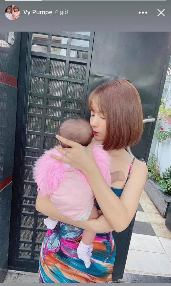 Vợ Mạc Văn Khoa có động thái bảo vệ dứt khoát khi con gái bị chê ngoại hình-4