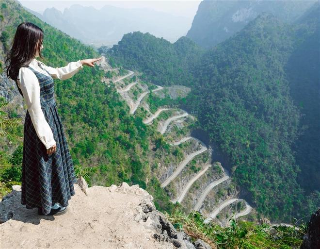 Hơn cả tứ đại đỉnh đèo, đây mới là đèo đáng sợ nhất Việt Nam với 14 khúc cua dốc-3