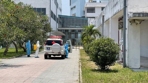Huế phát hiện thêm ca thứ 3 dương tính là nhân viên thẩm mỹ viện ở Đà Nẵng-1