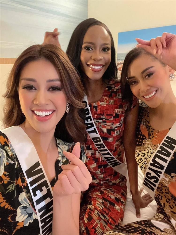 Khánh Vân diện lại hot-trend 120.000 đồng: Quyết tâm debut tại Miss Universe-5