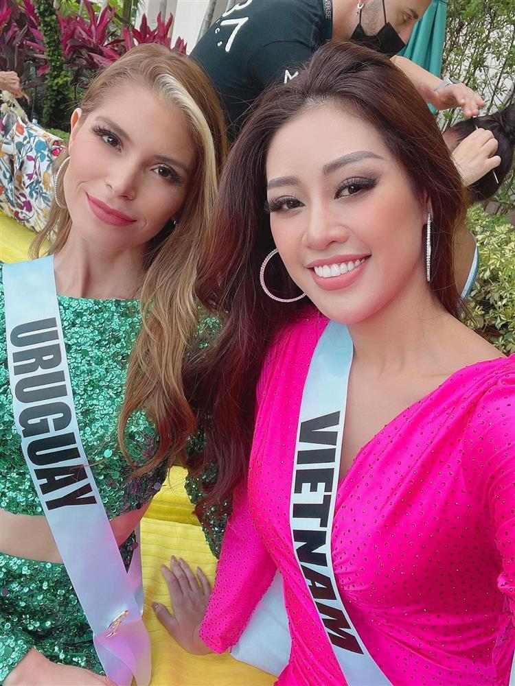 Khánh Vân cứu bạn thi Miss Universe 2020 lúc nguy nan-3