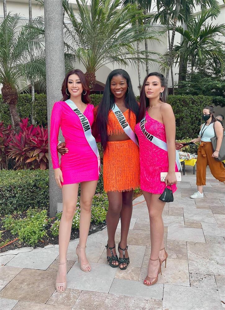 Khánh Vân cứu bạn thi Miss Universe 2020 lúc nguy nan-4