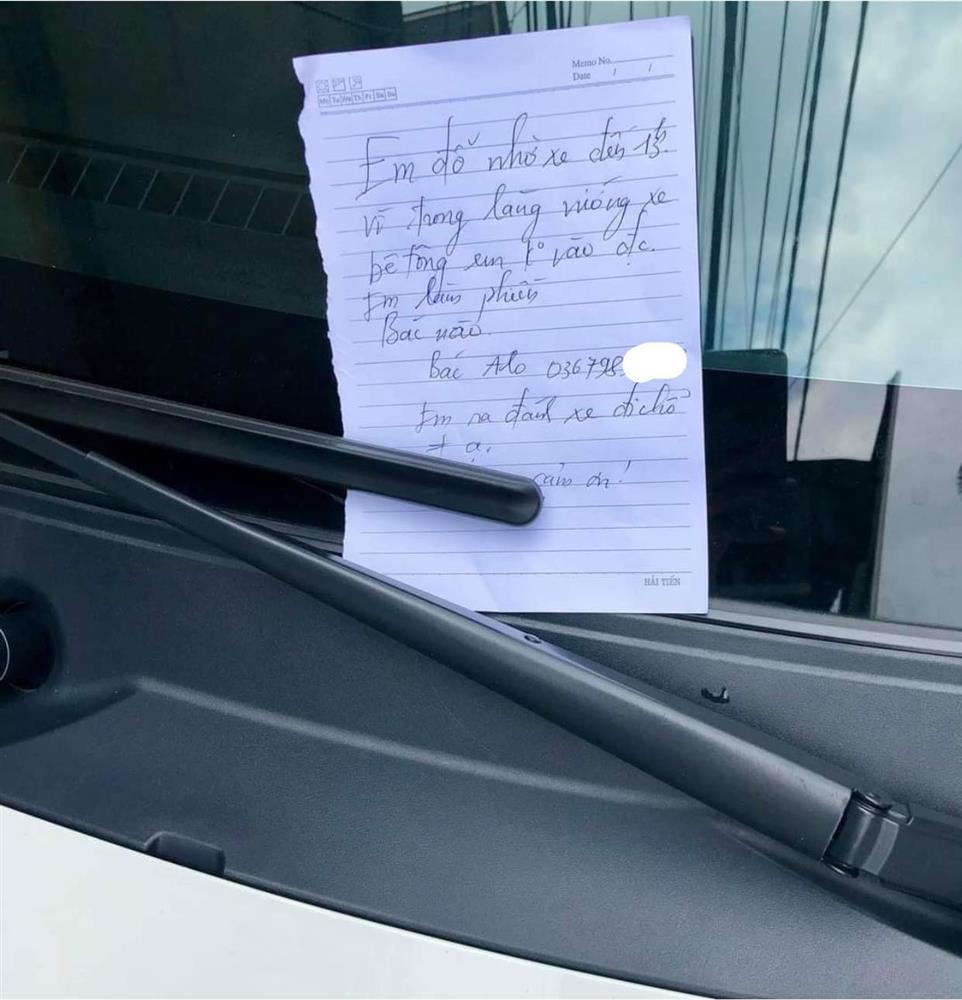 Đỗ xe chắn ngang cửa, tài xế có hành động khiến chủ nhà chả nỡ giận-2