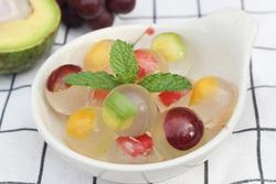 Giải nhiệt ngày hè với 2 món thạch hoa quả dễ làm