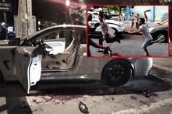 Đi BMW có pô nổ to, 2 người bị chém xối xả