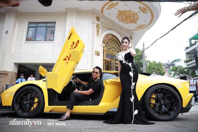 Lộ diện con dâu cưng của nữ đại gia thẩm mỹ sở hữu dàn siêu xe trăm tỷ-2