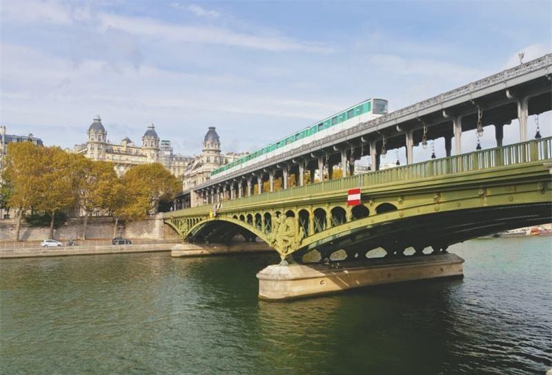 Du lịch Paris, nhất định bạn phải đến những nơi này-7