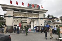 Bệnh viện Bạch Mai cách ly 19 nhân viên y tế tiếp xúc ca mắc Covid-19