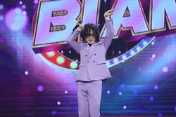 Trần Đức Bo 'đại náo' truyền hình, netizen chê hát nhép 'ảo lòi'