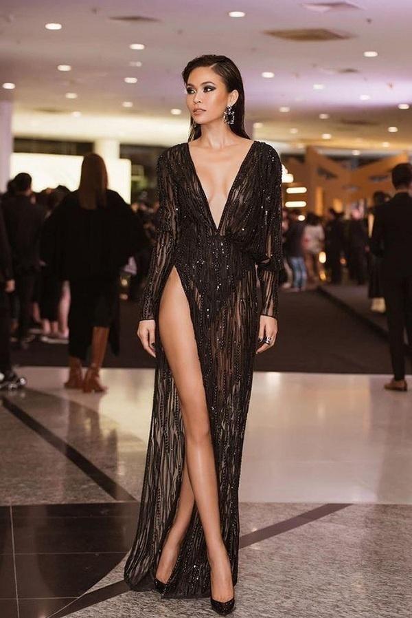 6 người đẹp Việt khiến cư dân mạng thót tim vì diện váy xẻ quá cao-6
