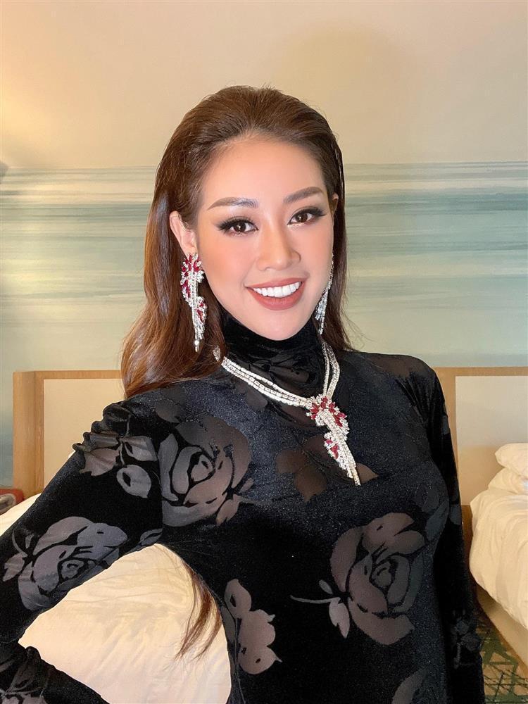 Hé lộ đầm dạ hội Khánh Vân chặt chém ở bán kết Miss Universe-2