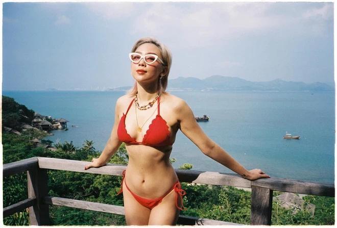Hoàng Touliver chụp ảnh cho vợ cực nghệ dù đứng trước Tóc Tiên body ngồn ngộn-2